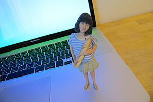 フォトフィグの制作例、写真から子供の3Dオリジナルフィギュア制作